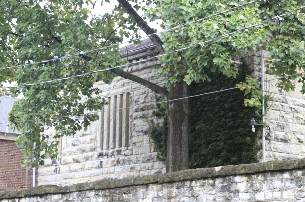 Supposedly haunted by past prisoners, this out-of-commission jail is one of the oldest in the state of Kentucky.