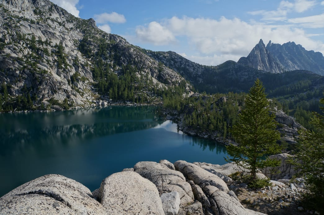 With scenery like this, it's easy to see why visiting The Enchantments is so popular.