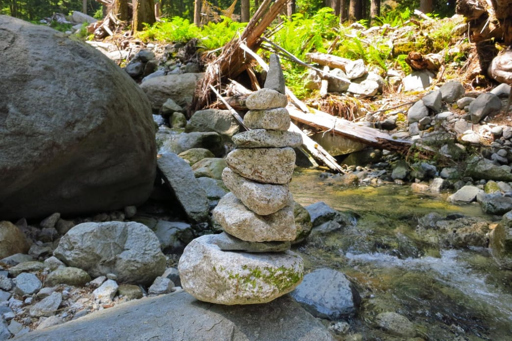 7 Ways to Leave No Trace in the Outdoors - Rock Stacking