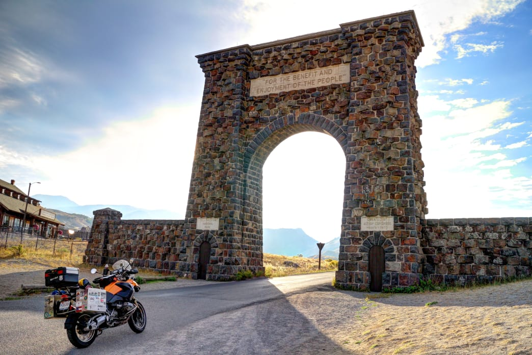 Yellowstone National Park - where to go in the fall - the roosevelt arch