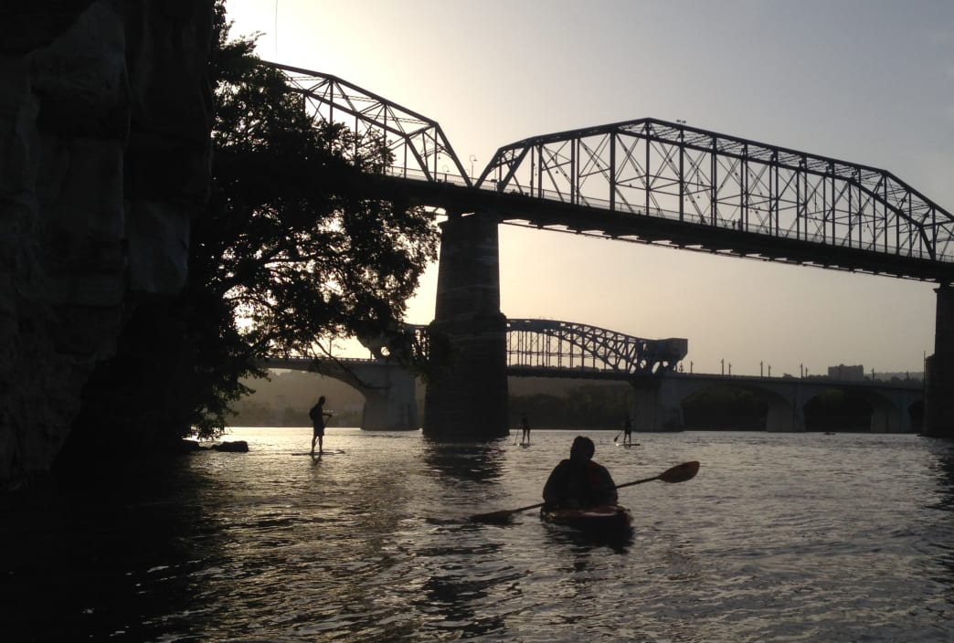 Photo of paddlers near Walnut Street Bridge