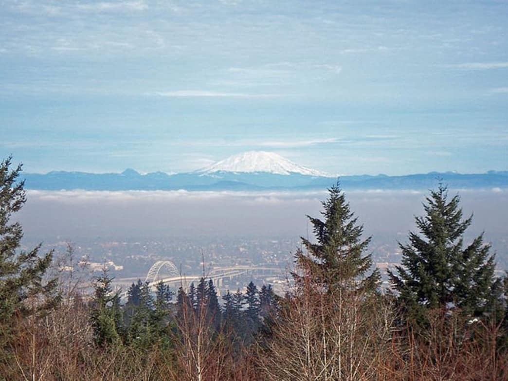 Council Crest, the highest point in the city of Portland, offers breathtaking views of North Portland and Mount St. Helens.